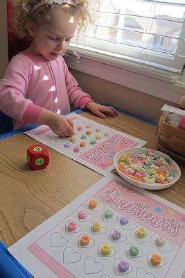 lots of great preschool craft and food ideas hart 2 207 | c57e5303d13ab9f11d62ac5946845b65