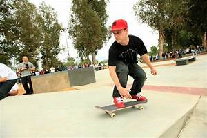 Gty Rob Dyrdek Unveils 7 Eleven Urban Skate Store And