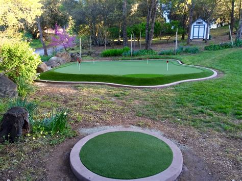 Cost Of Backyard Putting Green by Chipping Area Twenty Up To The Green Yelp