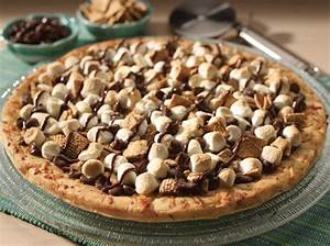 Yum Alert: S'mores Pizza – The Luxury Spot