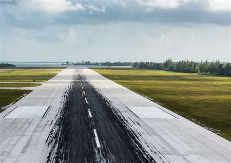 Runway extension pushed forward   Cayman Compass