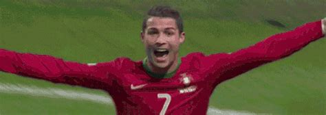 Cristiano Ronaldo Football GIF - Find & Share on GIPHY
