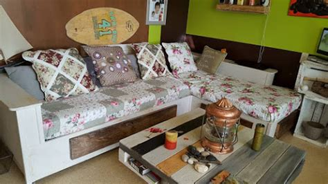 Une Belle Idée Pour Fabriquer Son Canapé Avec Des Palettes