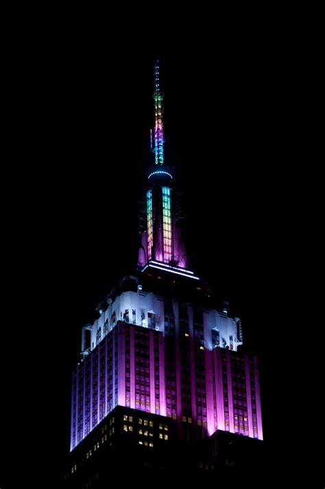empire state building lights april 3 2015 in honor of easter weekend the empire