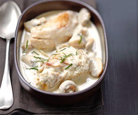 cuisiner un poulet de bresse recette de plat poulet de bresse à la crème façon mère blanc