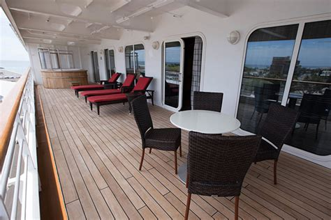 cruise balcony  suite  cabin comparison cruise critic
