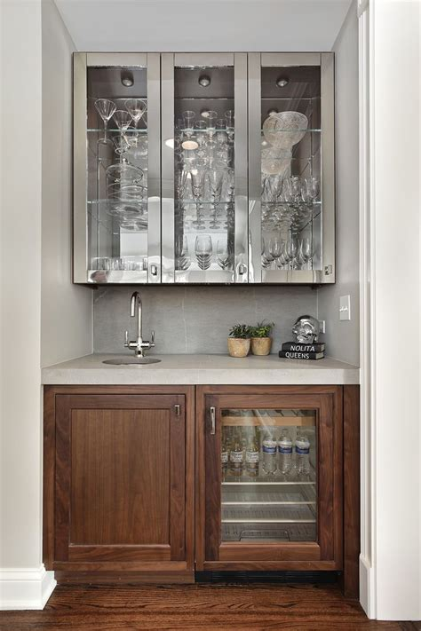 Built In Bar Cabinets by 191 Best Bars Basements Images On Bar Cart