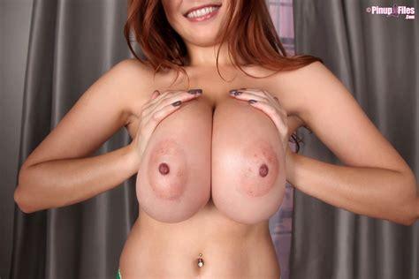 Tessa Fowler Showing Off Her Suckable Big Nipples Of