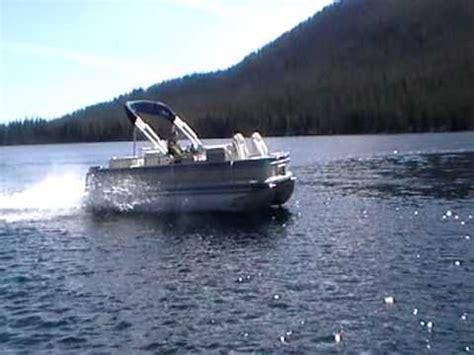 Hydrofoil Pontoon Boat hydrofoil pontoon boat