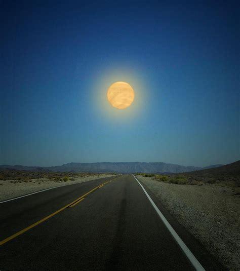 et si les plan 232 tes du syst 232 me solaire remplacaient la lune