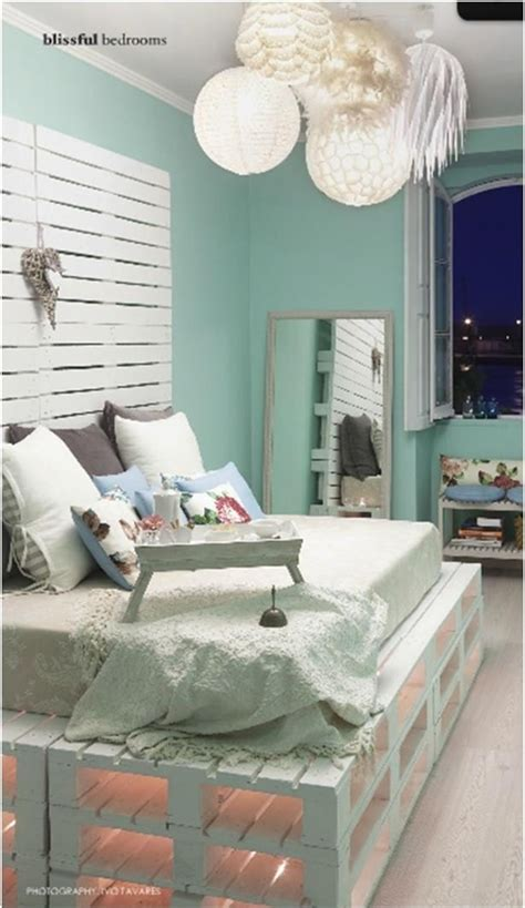recreation ideas   pallet daybed beauty freshnist