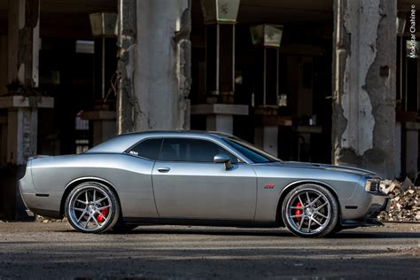 adv dodge challenger srt   scenes video