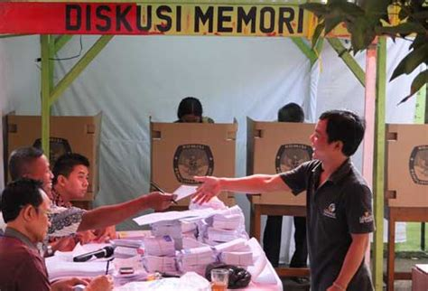 prejudice   polling booth disabled indonesians face
