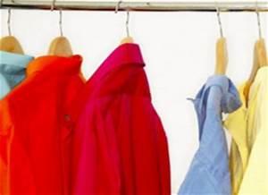 Blanchir Linge Déteint : tache color e sur un v tement ou du linge tout pratique ~ Melissatoandfro.com Idées de Décoration