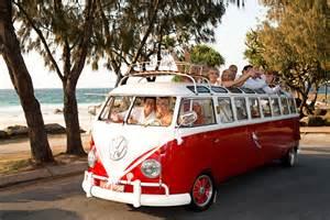 beach theme wedding cake blushing bride australia