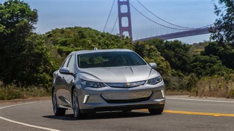 chevrolet volt preview pricing release date