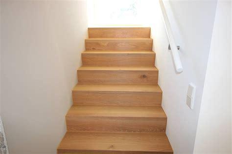 Pvc Boden Auf Treppe Verlegen by Linoleum Auf Treppe Verlegen Linoleum Pvc Auf Einer