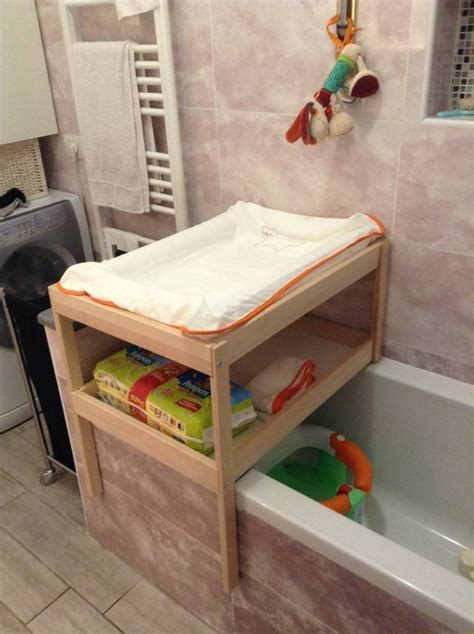 Over bathtub changing table for small spaces diy Pinterest Baignoires, Ikea et Bébé
