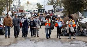 Stalled relief efforts raise anger and confusion in Sandy ...