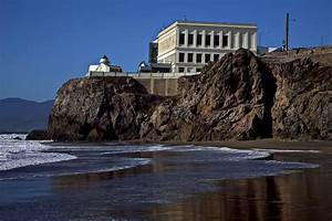 Cliff House San Francisco Photograph by Garry Gay