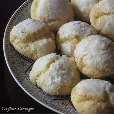 cuisiner semoule recette macarons marocains noix de coco et semoule