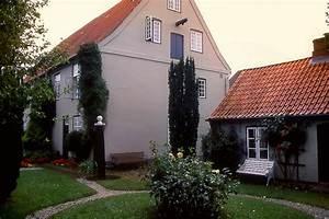 Husum Haus Kaufen : theodor storm haus in husum foto bild deutschland europe schleswig holstein bilder auf ~ Orissabook.com Haus und Dekorationen