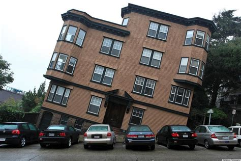 A Tilted House In San Francisco Reminds Us Of The City's