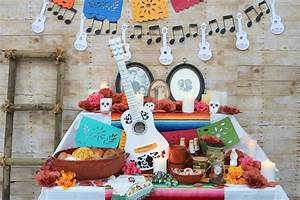 Here's How To Throw The Ultimate Pixar's 'Coco' Party