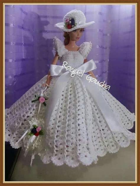 Abito con merletto d'irlanda e crochet bruges. Pin by Ita Gualtieri on barbi | Crochet doll clothes, Crochet barbie clothes, Barbie wedding dress