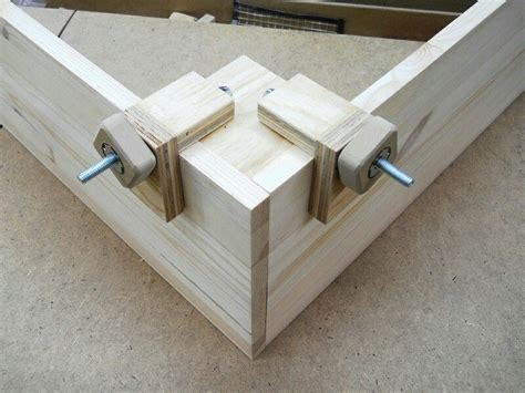 corner clamp clever woodworking shop tools