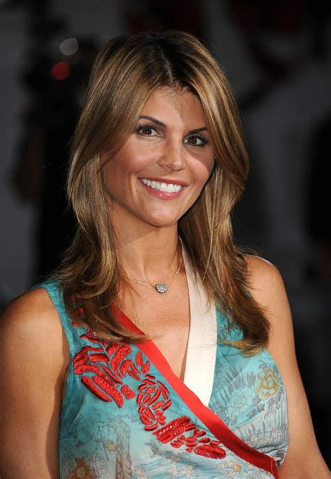 celebrity lori loughlin  pictures wallpapers lori