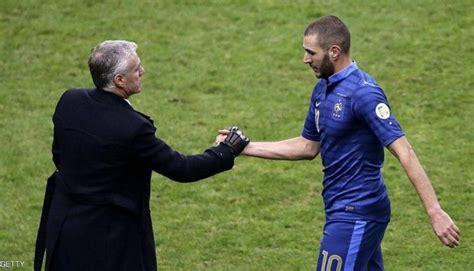 تأهل منتخب فرنسا لكرة القدم إلى المباراة النهائية لكأس العالم 2018 بعد فوزه على بلجيكا بهدف مقابل وهذه المرة الثالثة التي تصل فيها فرنسا إلى المباراة النهائية لكأس العالم. مدرب منتخب فرنسا يغلق الباب مجددا أمام بنزيمة - صحيفة المقر