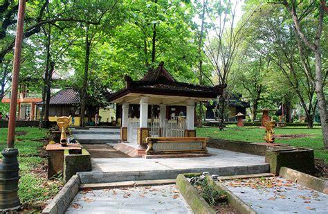 wisata bukit siguntang  palembang sumatera selatan