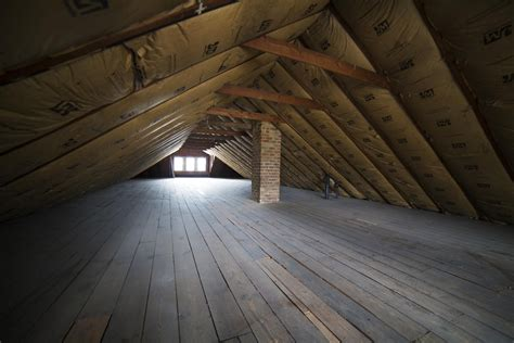 Cheap Kitchen Makeover Ideas - how to assess your attic storage potential
