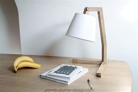 grand bureau blanc le de chevet en bois abat jour couleur oud s de bellila
