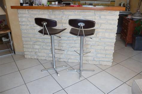 chaises alinea cuisine mur interieur et bar