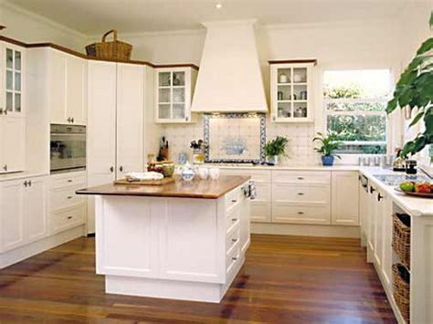 Kitchen Dining Room Decorating Ideas - small square kitchen design kitchen decor design ideas