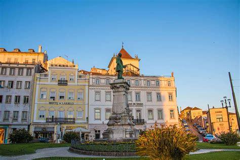 Nós recomendamos que, se for possível, venha para portugal para conhecer o país e visitar diversas cidades antes de vir de forma definitiva. O que fazer em Coimbra, Portugal: roteiro para 1 ou 2 dias