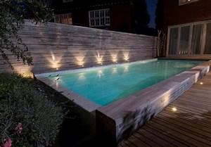 Eclairage Piscine Bois : comment bien clairer sa piscine keria luminaires ~ Edinachiropracticcenter.com Idées de Décoration