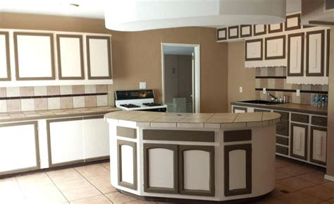 two tone kitchen cabinet doors 2 tone cabinets kitchen doors painted two colors 8613