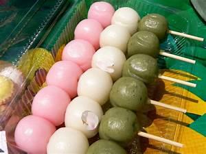 My Food Adventures: MOCHI DANGO in SPRING COLORS