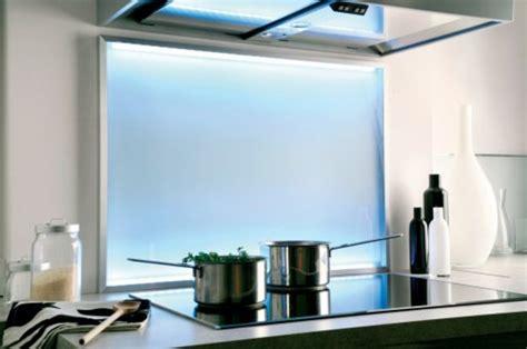 re led cuisine credence miroir pour cuisine maison design bahbe com