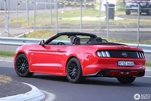 Ford Mustang Gt 2015 : ford mustang gt convertible 2015 19 july 2016 autogespot ~ Medecine-chirurgie-esthetiques.com Avis de Voitures