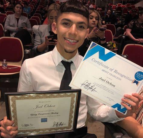 tusd young entrepreneurs academy graduates