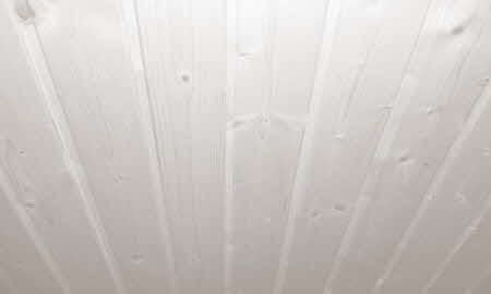 Holztüren Lackieren Kosten by Eine Holzdecke Wei 223 Streichen Anleitung Und Tipps