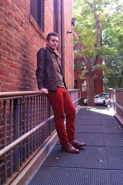 mens orange pants outfits   ways  wear orange pants