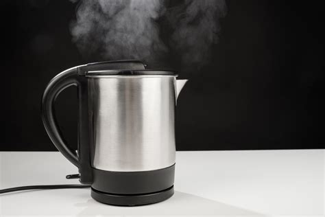 kettle water boil electric boiling kettles why don americans stove europeans businessinsider