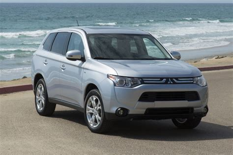 Mitsubishi Outlander 2014 Price by 2014 Mitsubishi Outlander Reviews Specs And Prices Cars