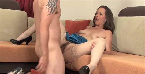 Skinny Milf Cougar In Stockings Take A Great Facial Es