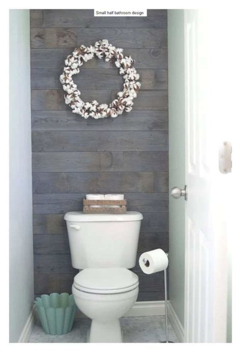 Bathroom Decor Ideas Pictures by 17 Awesome Small Bathroom Decorating Ideas Futurist